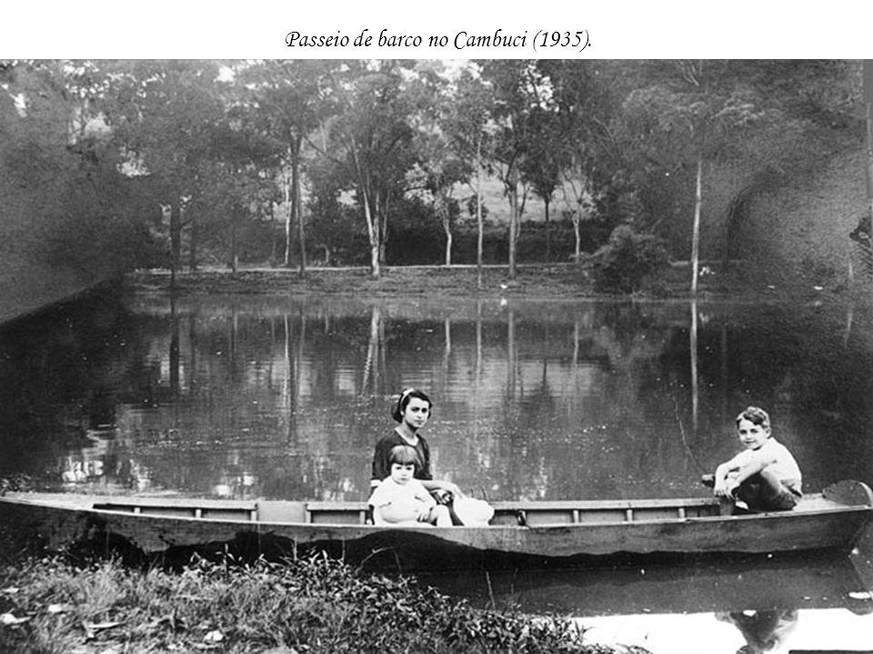 Passeio de barco no Cambuci (1935).