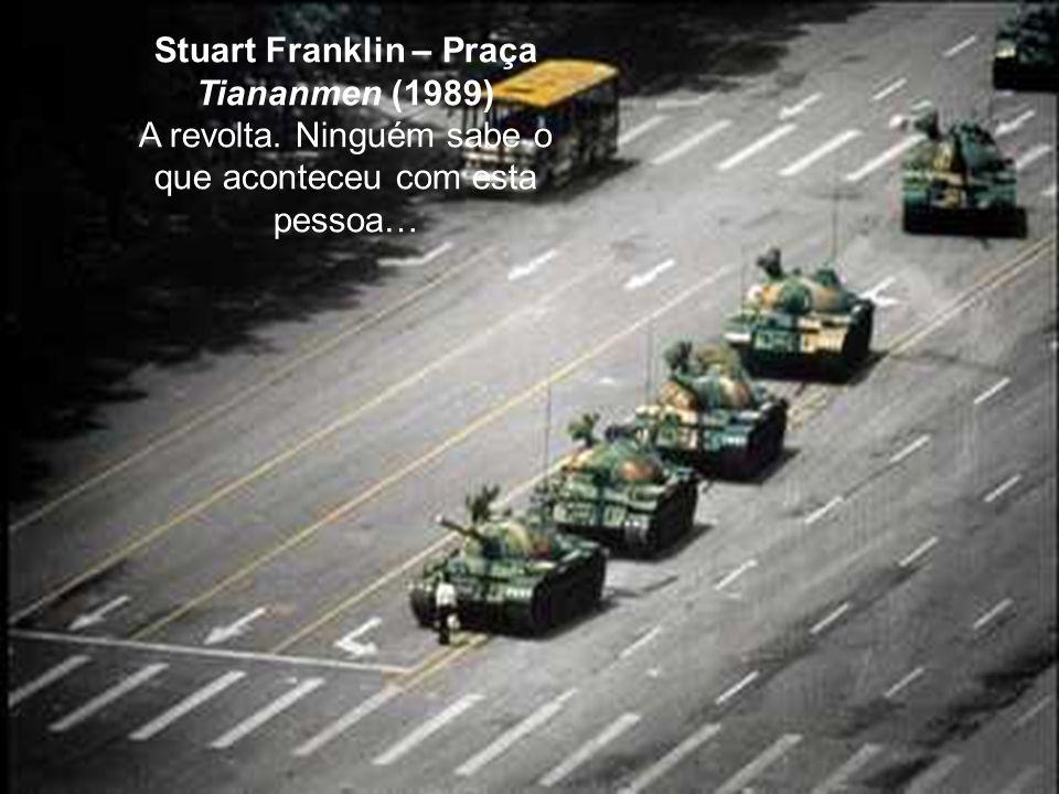 Stuart Franklin – Praça Tiananmen (1989)