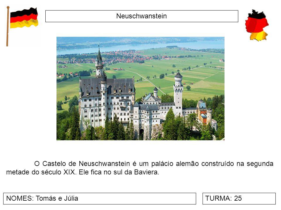 Neuschwanstein O Castelo de Neuschwanstein é um palácio alemão construído na segunda metade do século XIX. Ele fica no sul da Baviera.