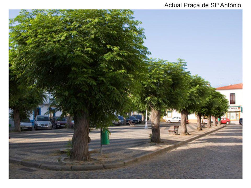 Actual Praça de Stº António