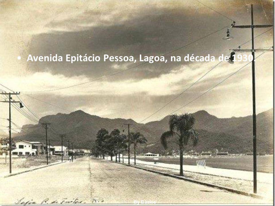 Avenida Epitácio Pessoa, Lagoa, na década de 1930.