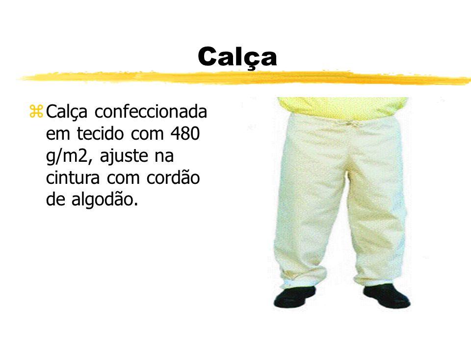 Calça Calça confeccionada em tecido com 480 g/m2, ajuste na cintura com cordão de algodão.