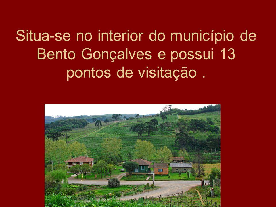 Situa-se no interior do município de Bento Gonçalves e possui 13 pontos de visitação .