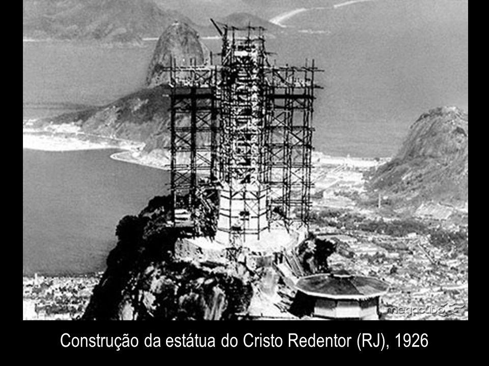Construção da estátua do Cristo Redentor (RJ), 1926