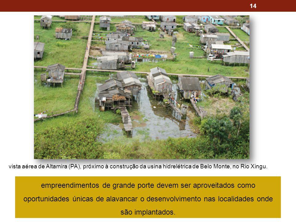 vista aérea de Altamira (PA), próximo à construção da usina hidrelétrica de Belo Monte, no Rio Xingu.