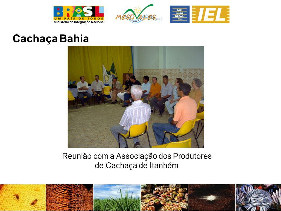 Reunião com a Associação dos Produtores de Cachaça de Itanhém.