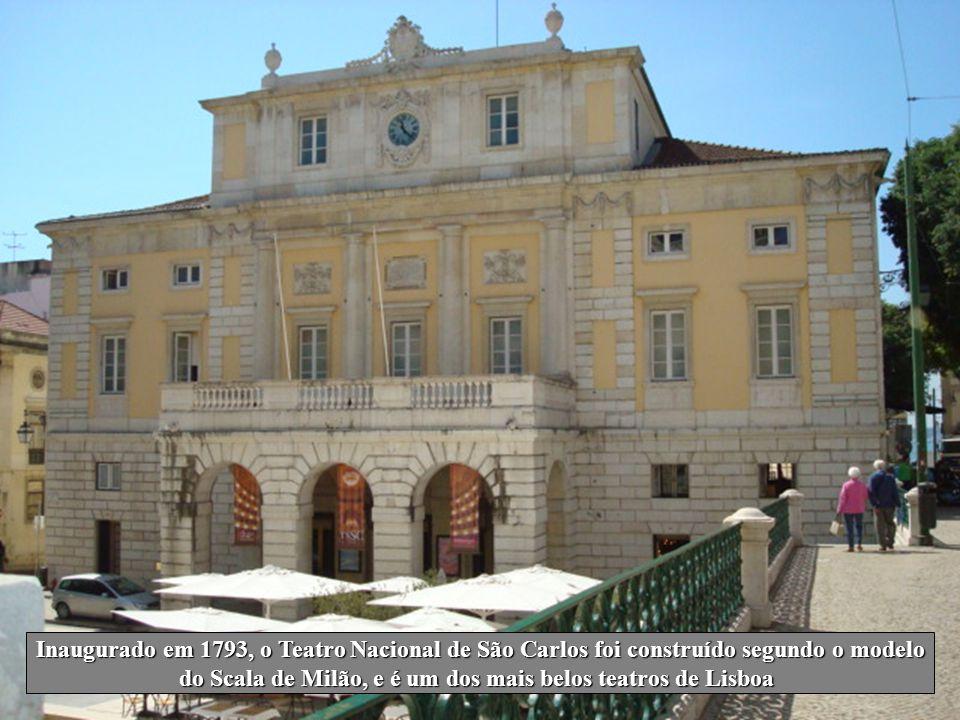 do Scala de Milão, e é um dos mais belos teatros de Lisboa