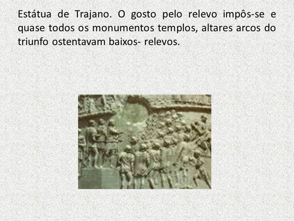 Estátua de Trajano.