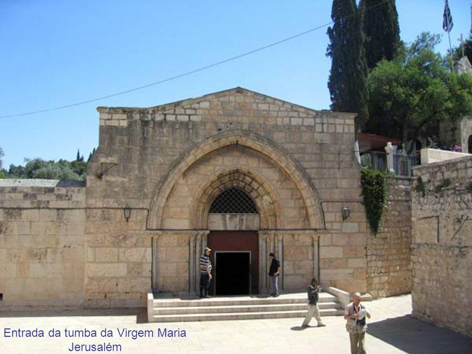Entrada da tumba da Virgem Maria