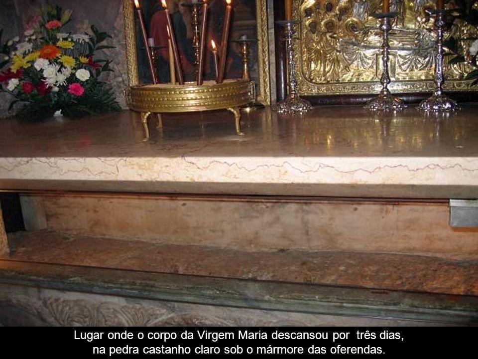 Lugar onde o corpo da Virgem Maria descansou por três dias,