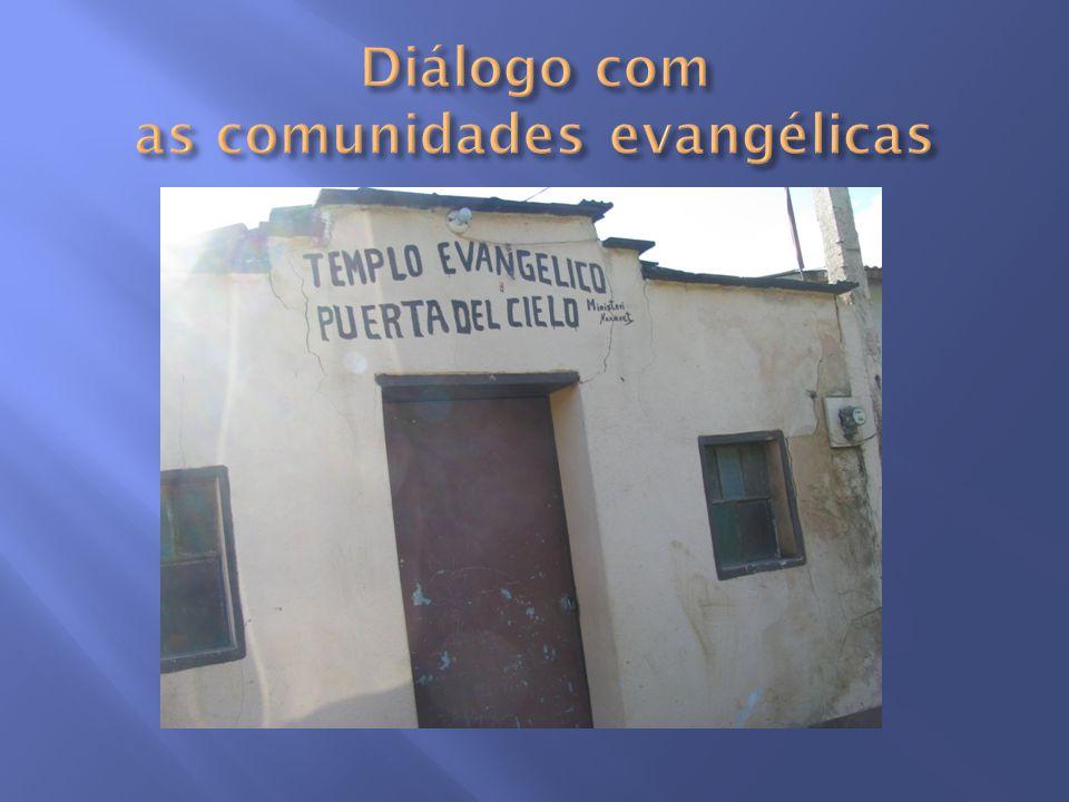 Diálogo com as comunidades evangélicas