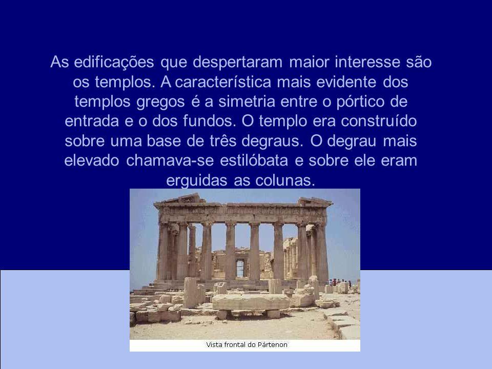 As edificações que despertaram maior interesse são os templos