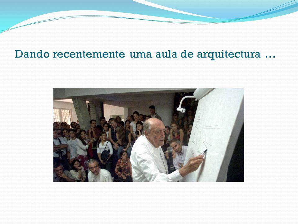 Dando recentemente uma aula de arquitectura …