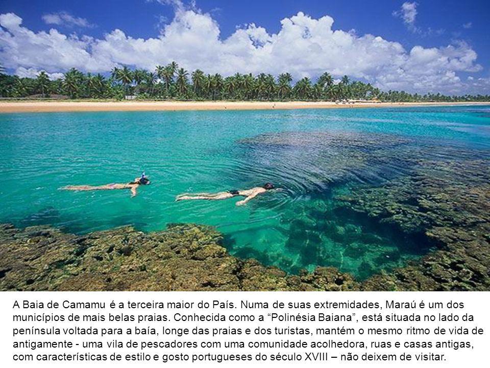 A Baia de Camamu é a terceira maior do País