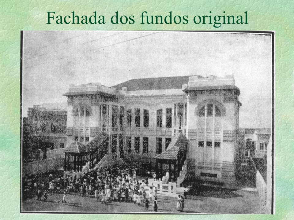 Fachada dos fundos original