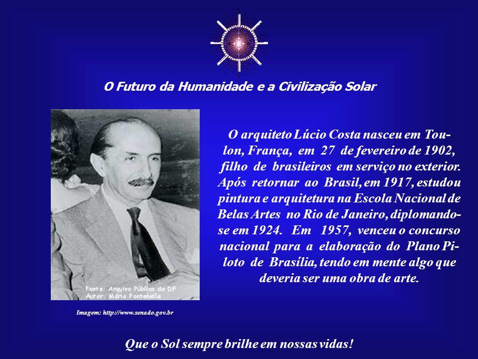 ☼ O arquiteto Lúcio Costa nasceu em Tou-