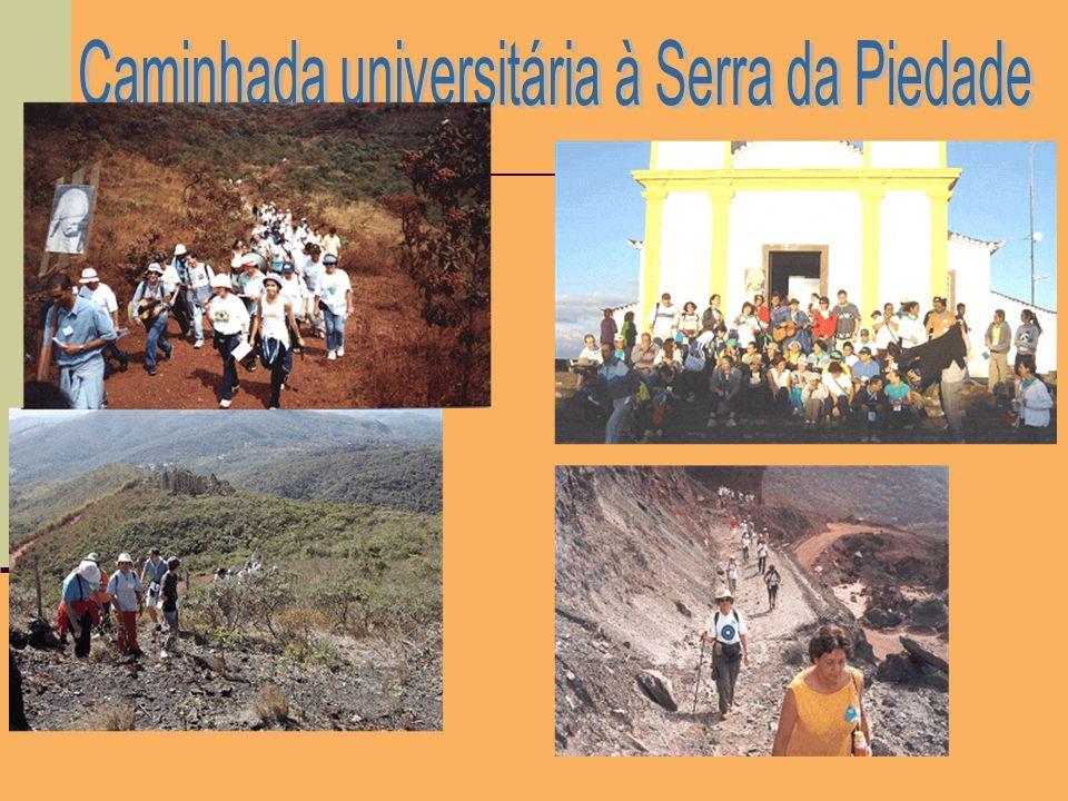 Caminhada universitária à Serra da Piedade