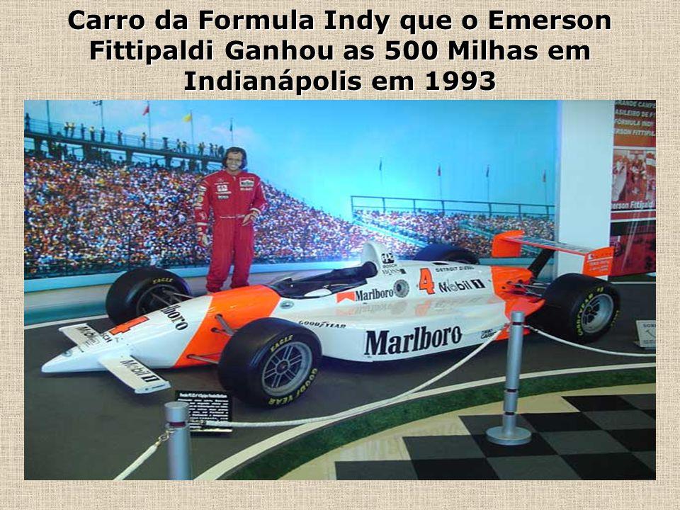 Carro da Formula Indy que o Emerson Fittipaldi Ganhou as 500 Milhas em Indianápolis em 1993