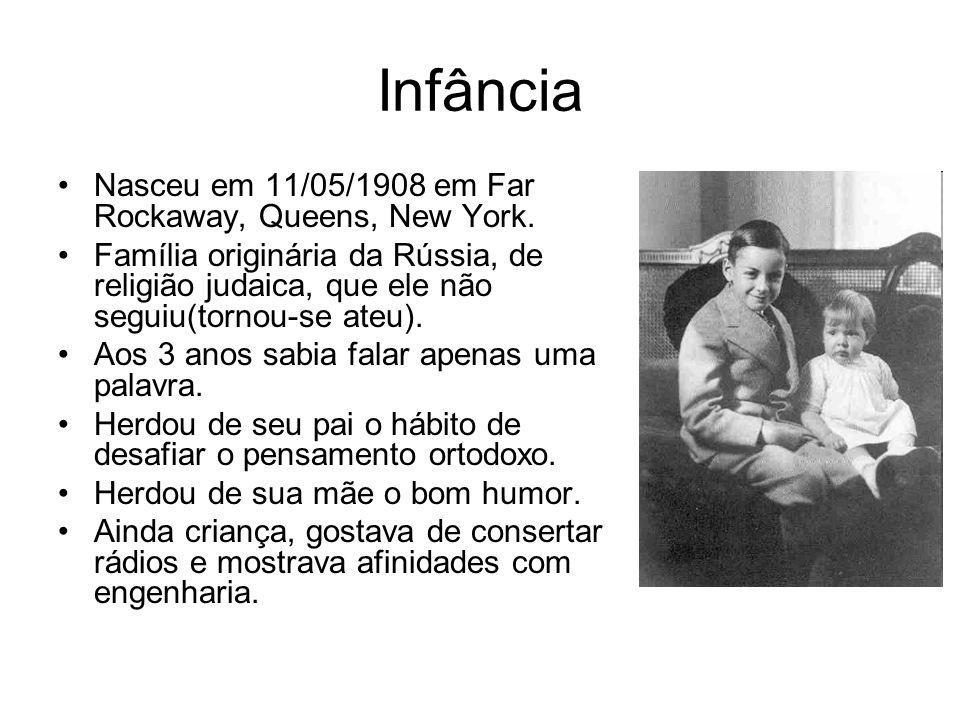 Infância Nasceu em 11/05/1908 em Far Rockaway, Queens, New York.