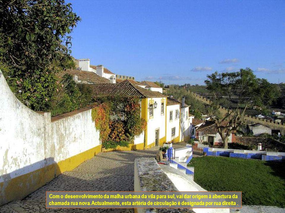 Com o desenvolvimento da malha urbana da vila para sul, vai dar origem à abertura da chamada rua nova.