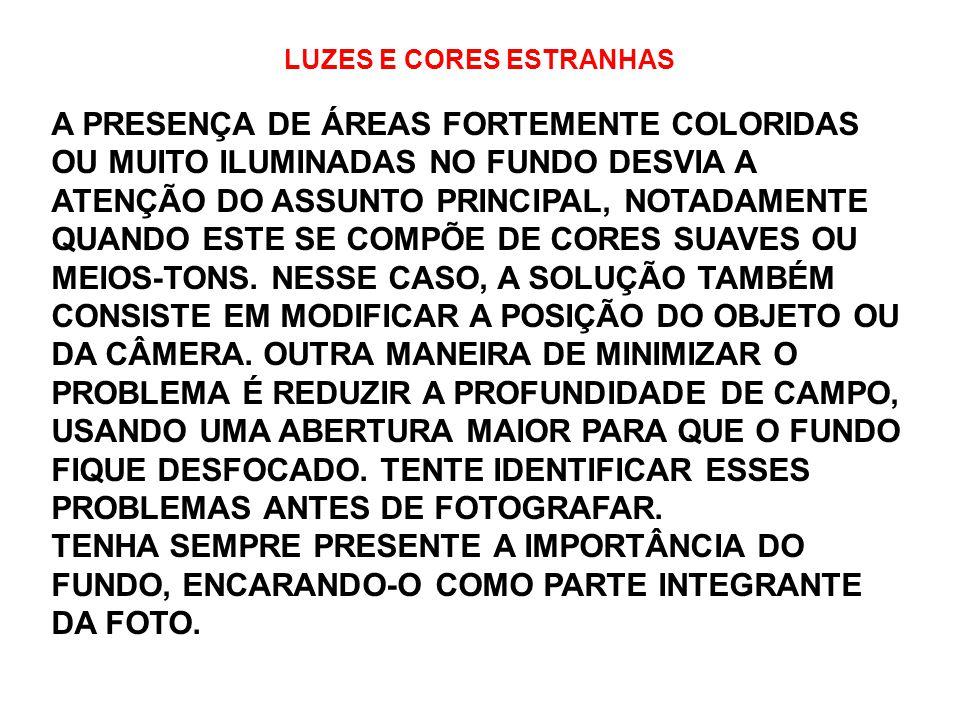 LUZES E CORES ESTRANHAS