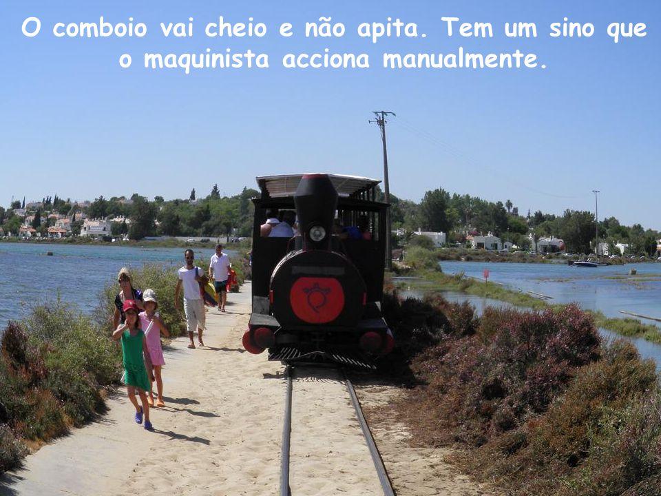 O comboio vai cheio e não apita