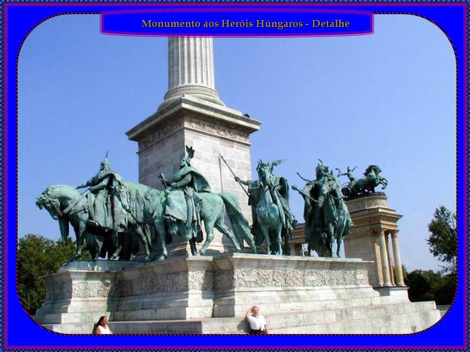Monumento aos Heróis Húngaros - Detalhe