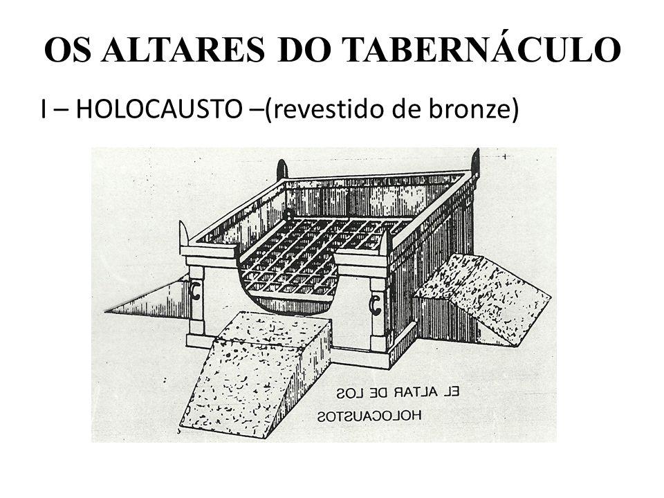 OS ALTARES DO TABERNÁCULO