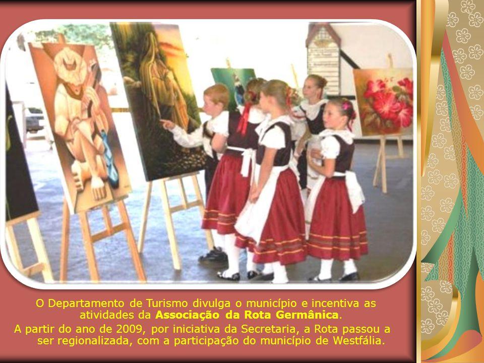 O Departamento de Turismo divulga o município e incentiva as atividades da Associação da Rota Germânica.