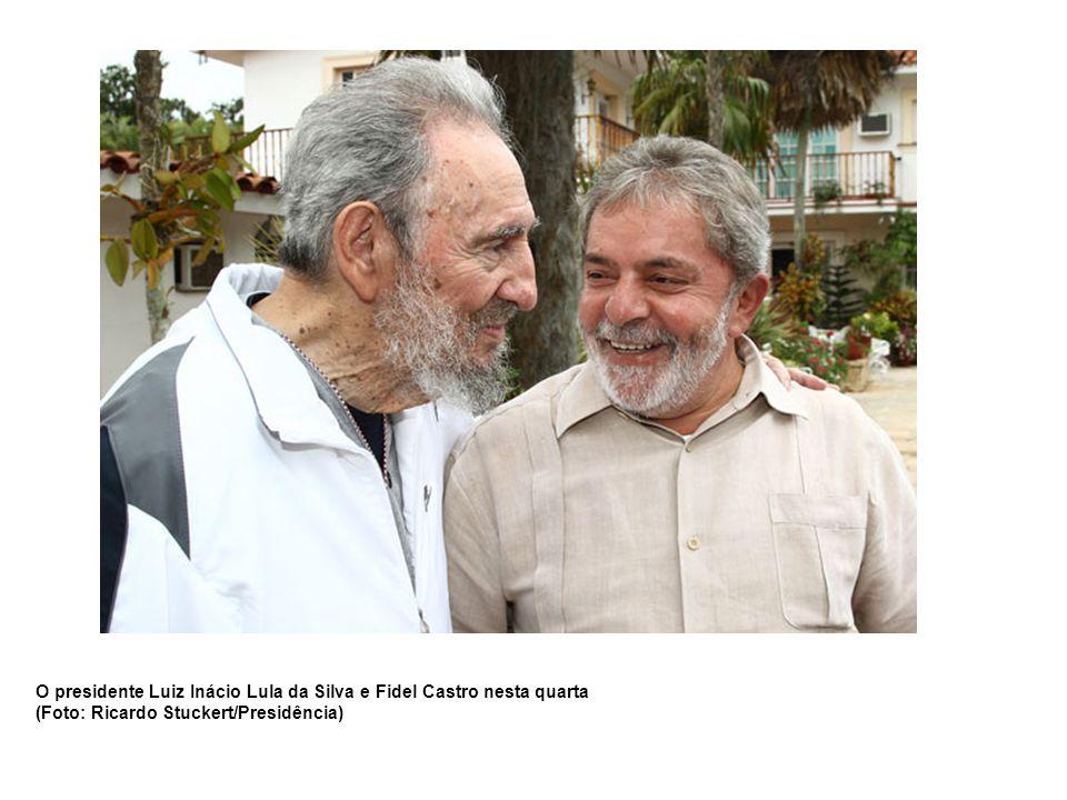 O presidente Luiz Inácio Lula da Silva e Fidel Castro nesta quarta