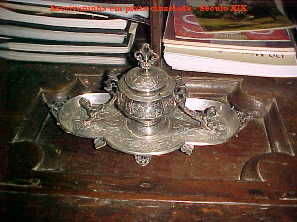 Escrivaninha em prata cinzelada - Século XIX