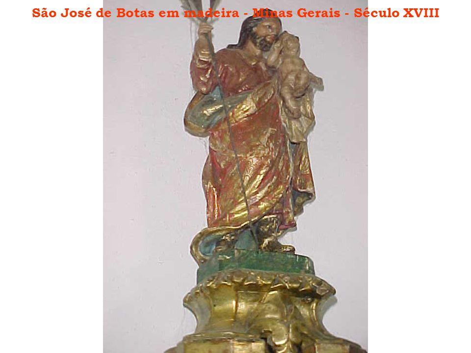 São José de Botas em madeira - Minas Gerais - Século XVIII