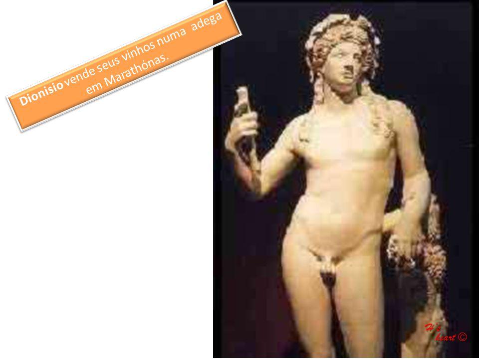 Dionisio vende seus vinhos numa adega em Marathónas.