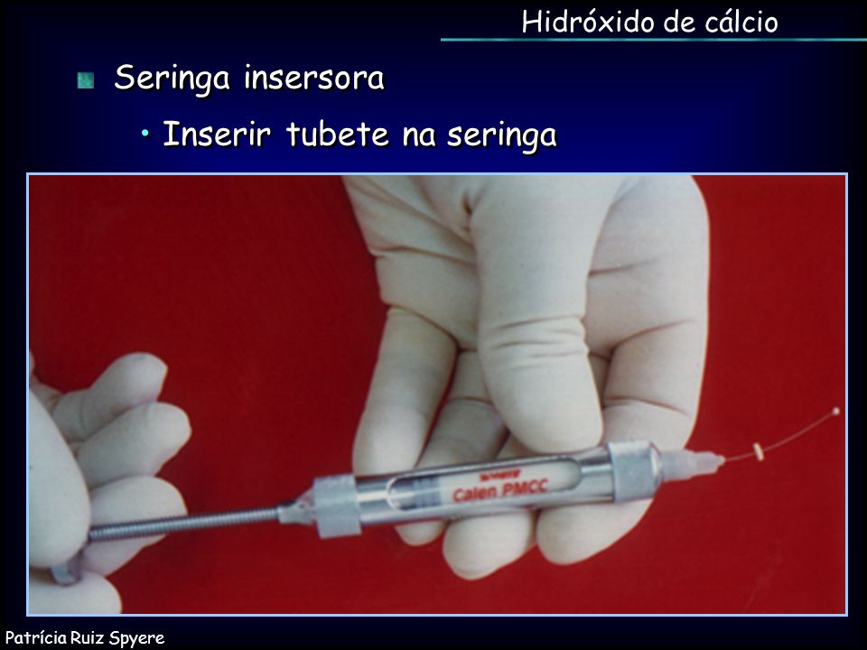 • Inserir tubete na seringa