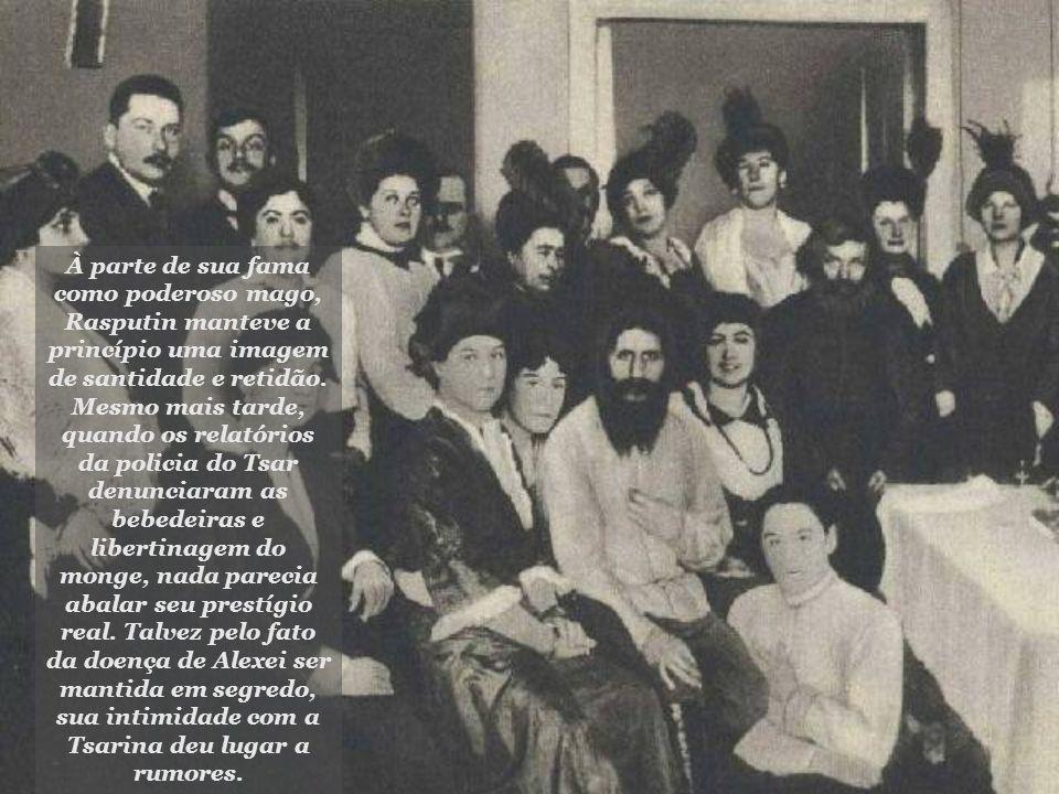 À parte de sua fama como poderoso mago, Rasputin manteve a princípio uma imagem de santidade e retidão.