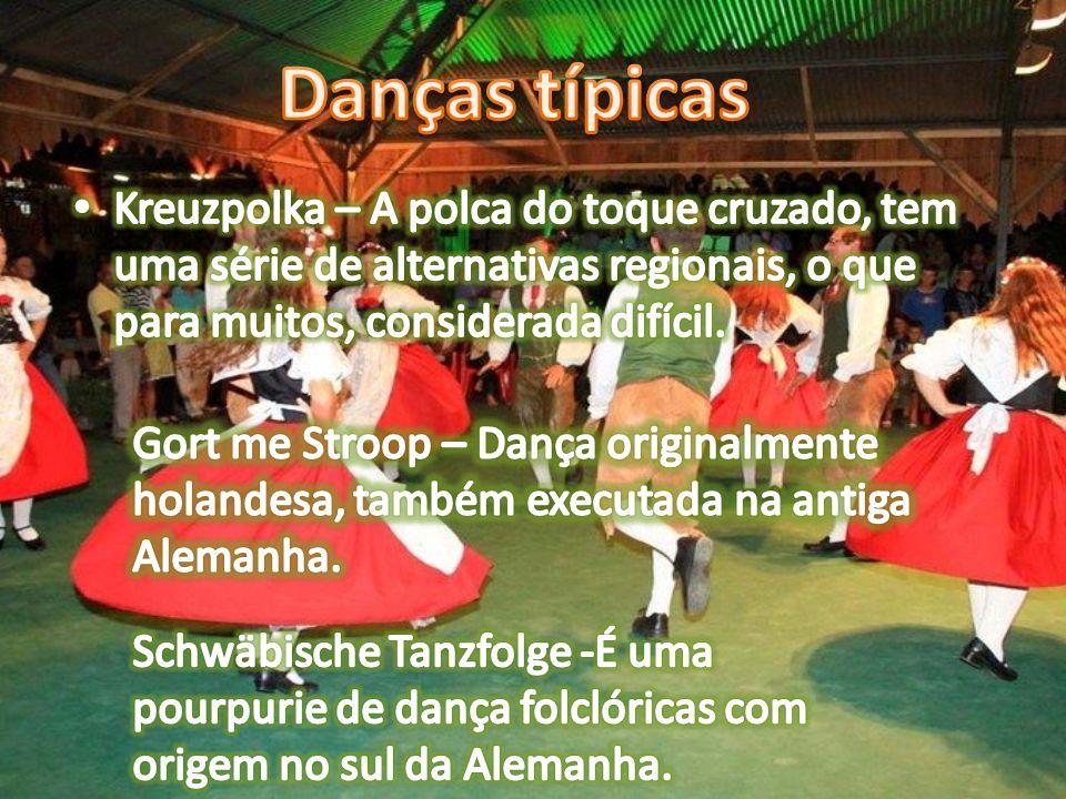 Danças típicas Kreuzpolka – A polca do toque cruzado, tem uma série de alternativas regionais, o que para muitos, considerada difícil.