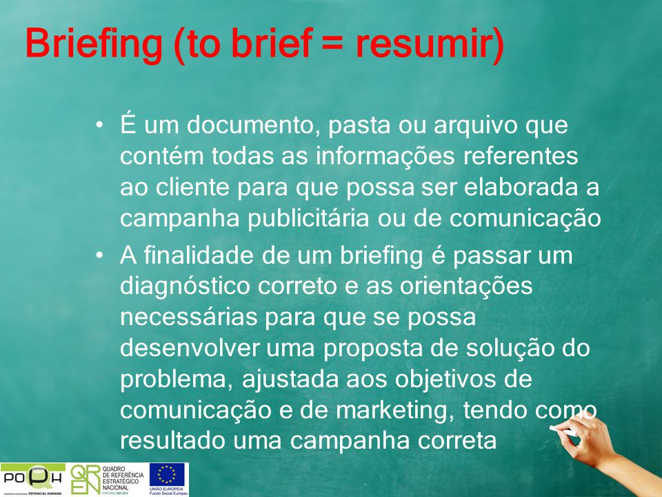 Briefing (to brief = resumir)