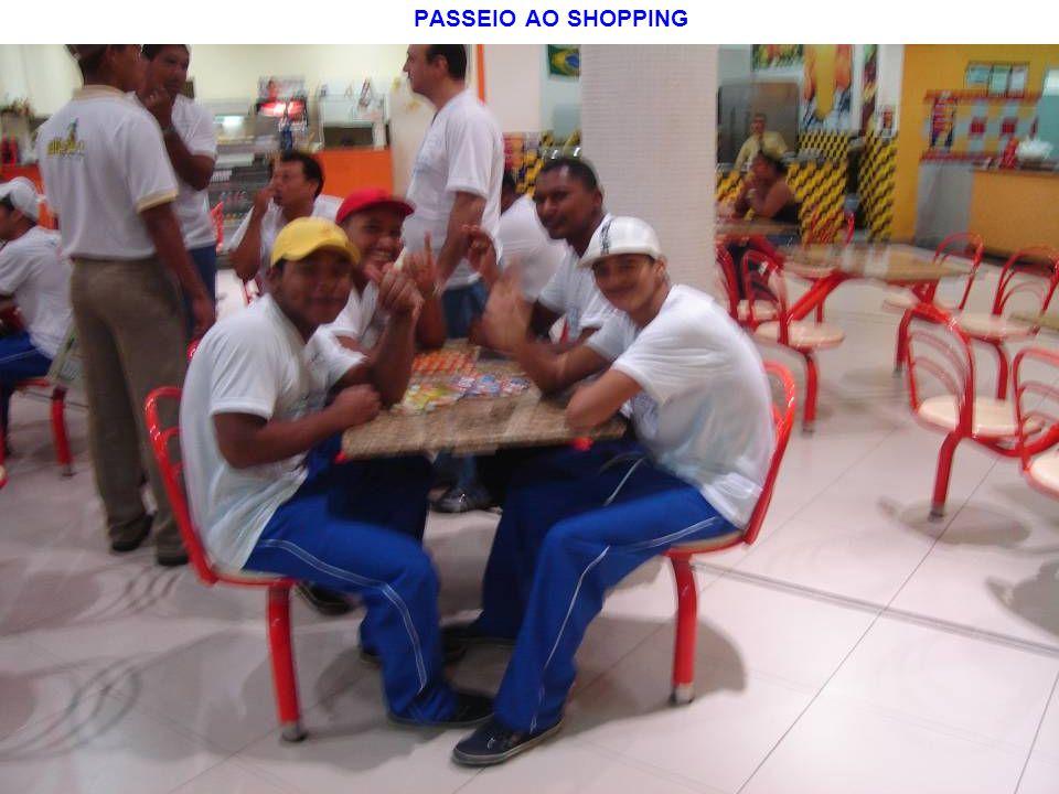 PASSEIO AO SHOPPING