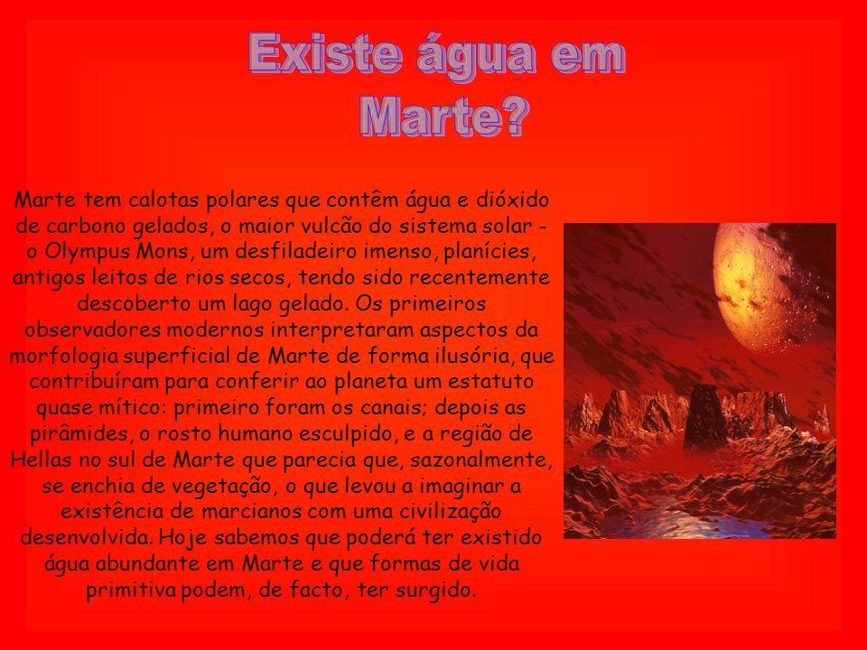 Existe água em Marte