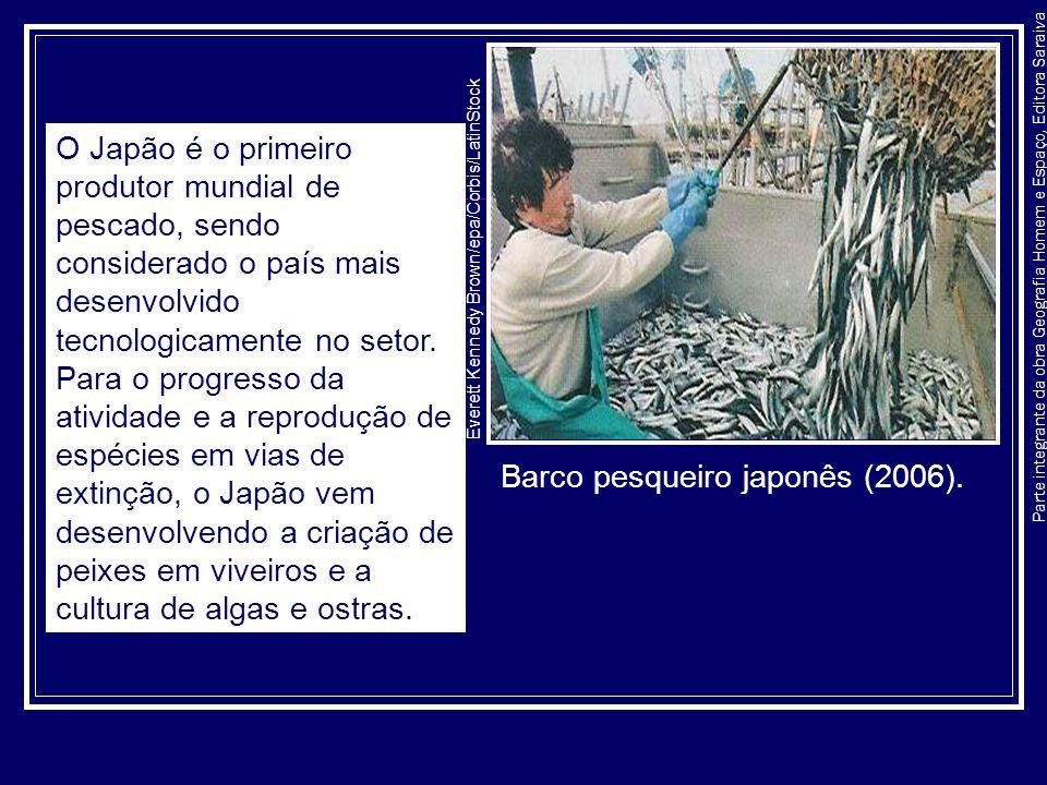 Barco pesqueiro japonês (2006).