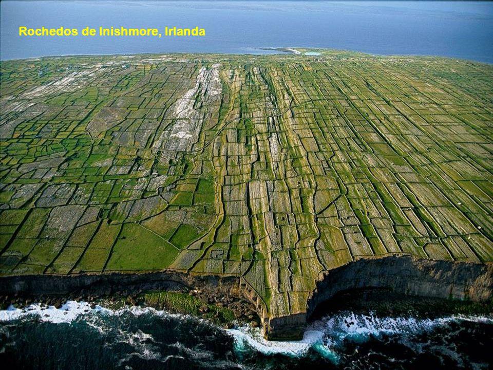 Rochedos de Inishmore, Irlanda