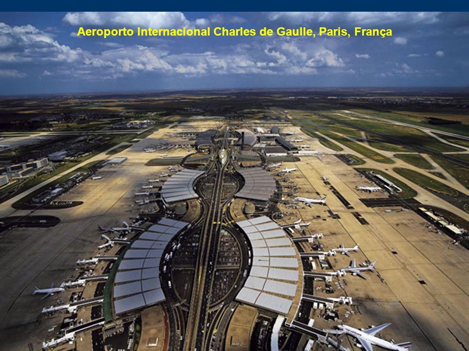 Aeroporto Internacional Charles de Gaulle, Paris, França
