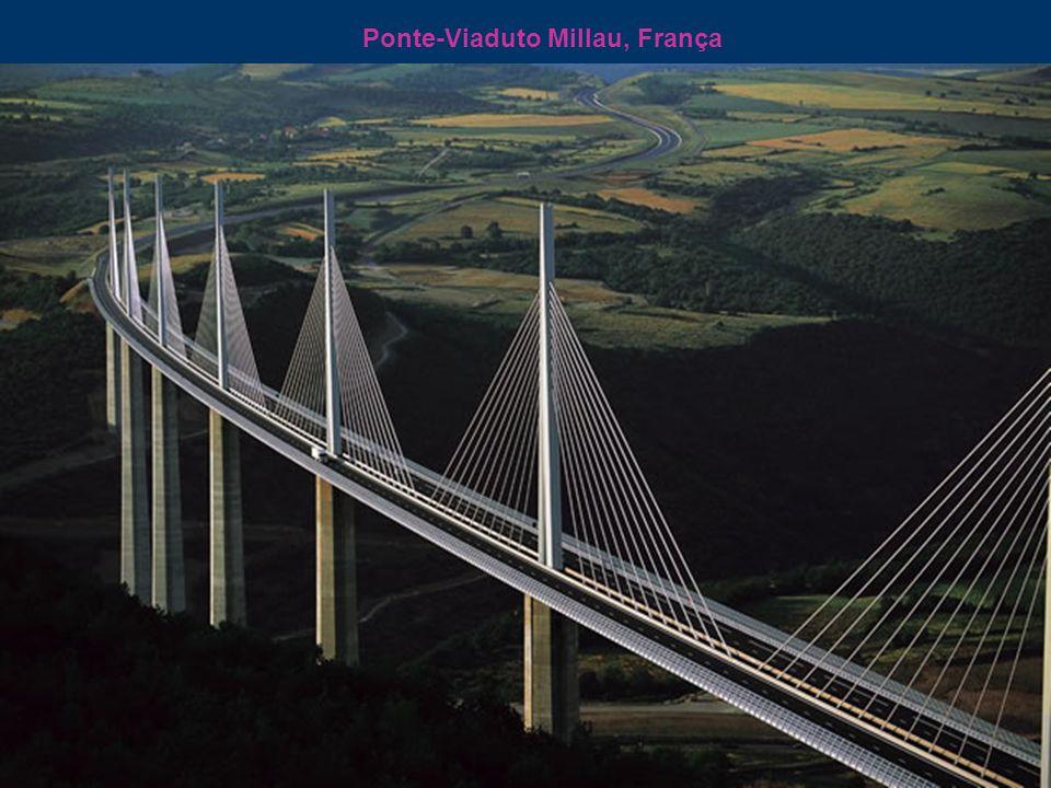 Ponte-Viaduto Millau, França