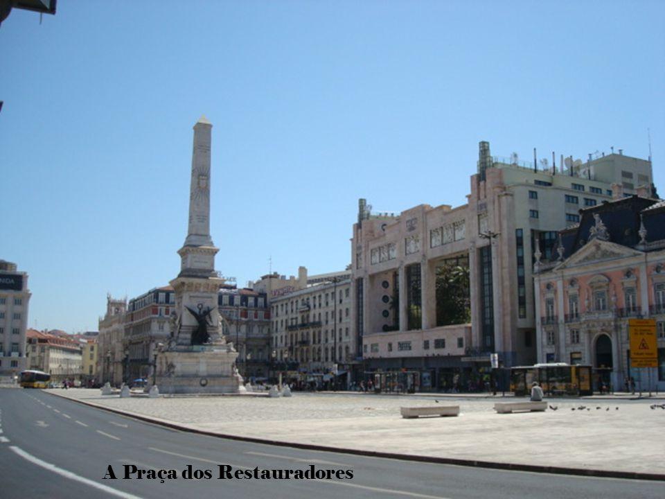 A Praça dos Restauradores