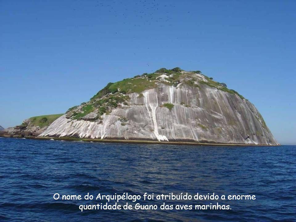 O nome do Arquipélago foi atribuído devido a enorme