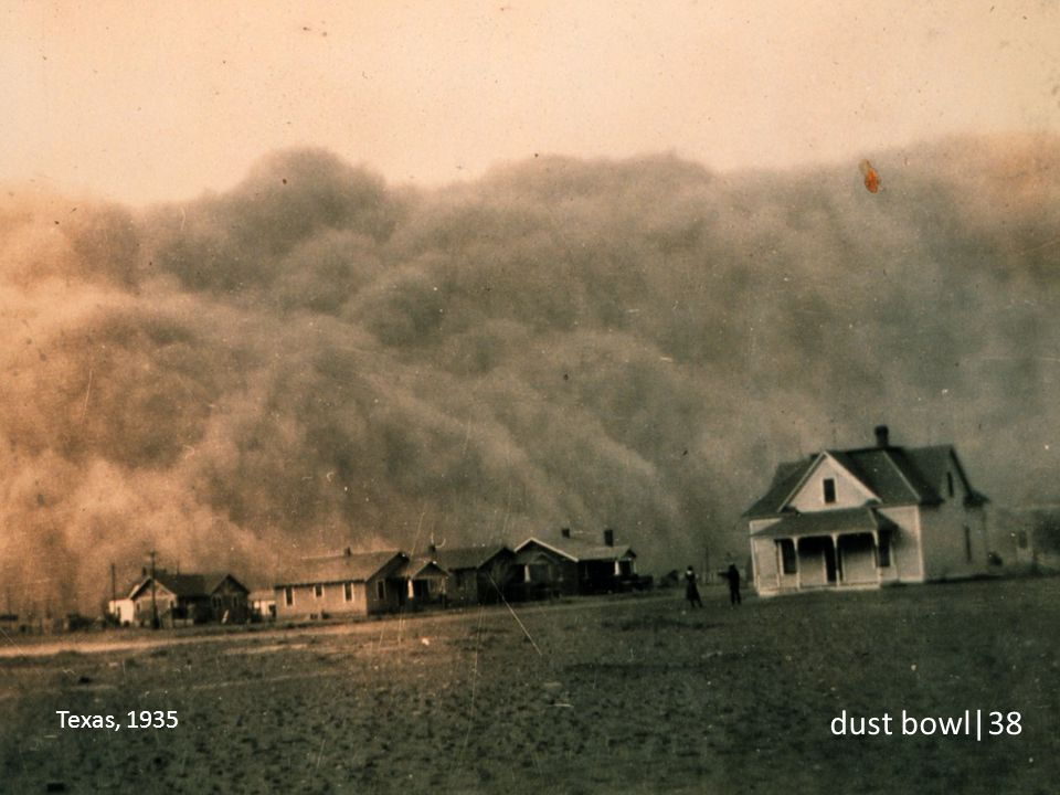 Designa-se por Dust Bowl um fenómeno climático de tempestade de areia que ocorreu nos Estados Unidos na década de 1930 e que durou quase dez anos. Foi um desastre económico e ambiental que afectou severamente boa parte dos Estados Unidos da América nessa altura.