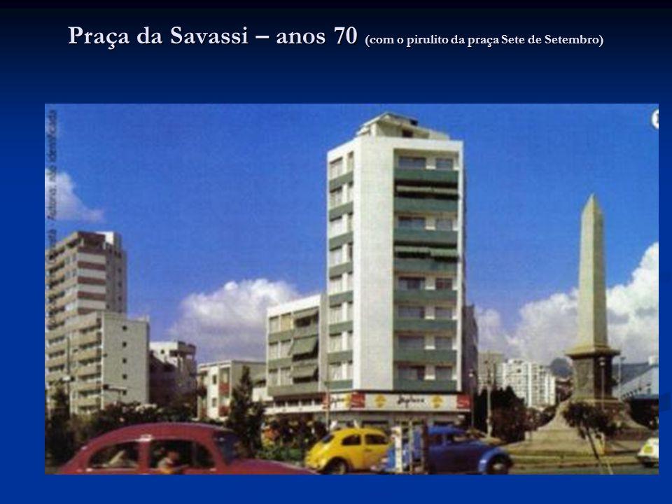 Praça da Savassi – anos 70 (com o pirulito da praça Sete de Setembro)