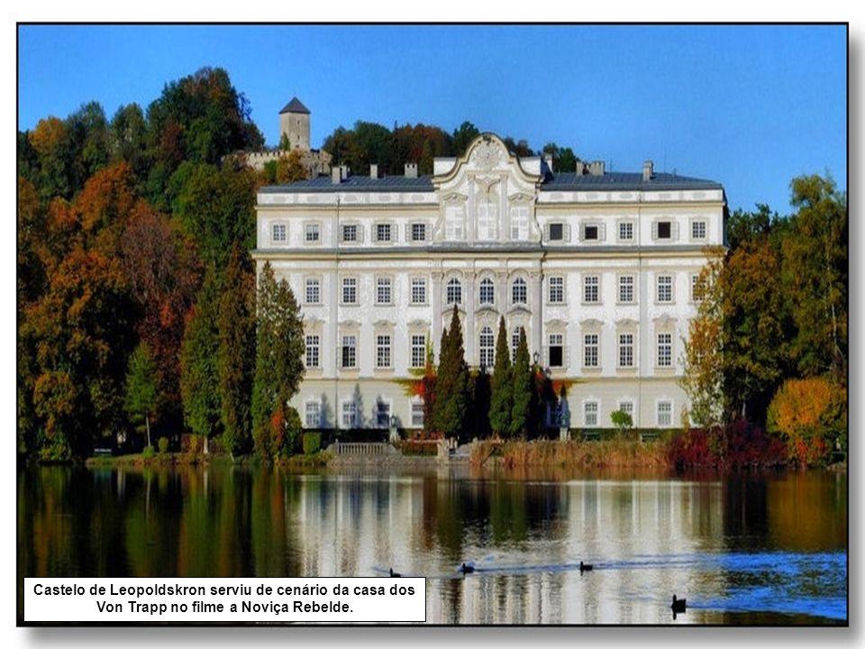 Castelo de Leopoldskron serviu de cenário da casa dos Von Trapp no filme a Noviça Rebelde.