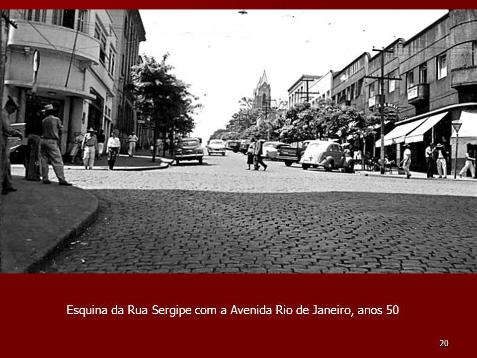 Esquina da Rua Sergipe com a Avenida Rio de Janeiro, anos 50
