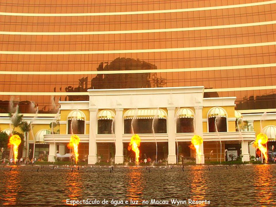Espectáculo de água e luz no Macau Wynn Resorts